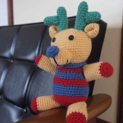 トナカイの編みぐるみ