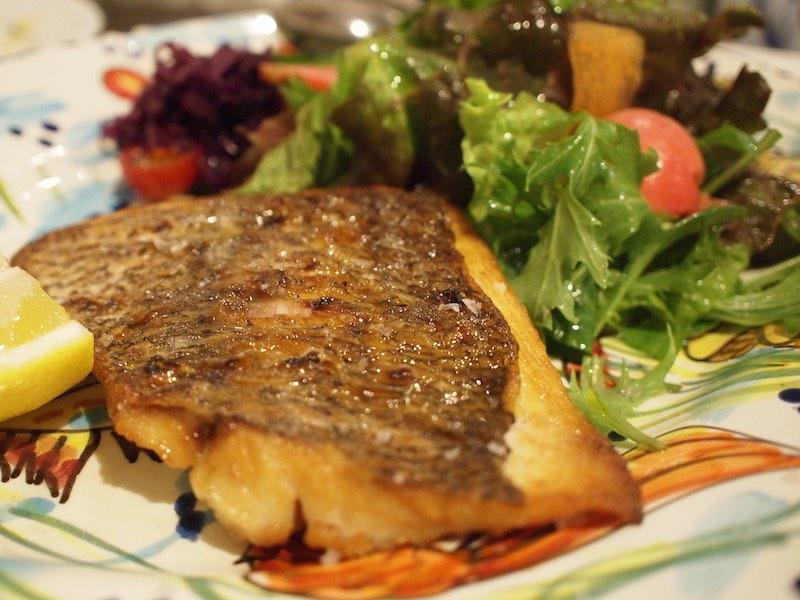 「Amici」の魚料理(鯛)