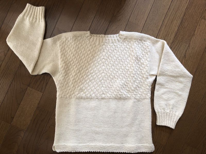 白いセーター03