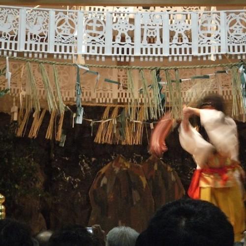 高千穂神社の夜神楽