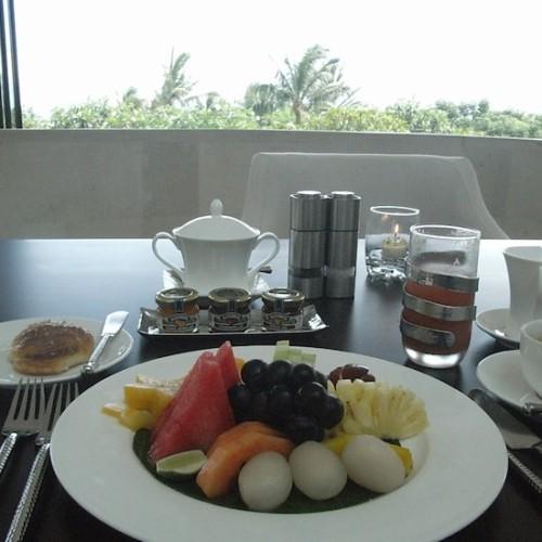 リッツ・カールトンの朝食