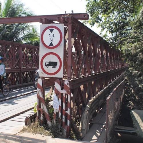ルアンパバンの橋